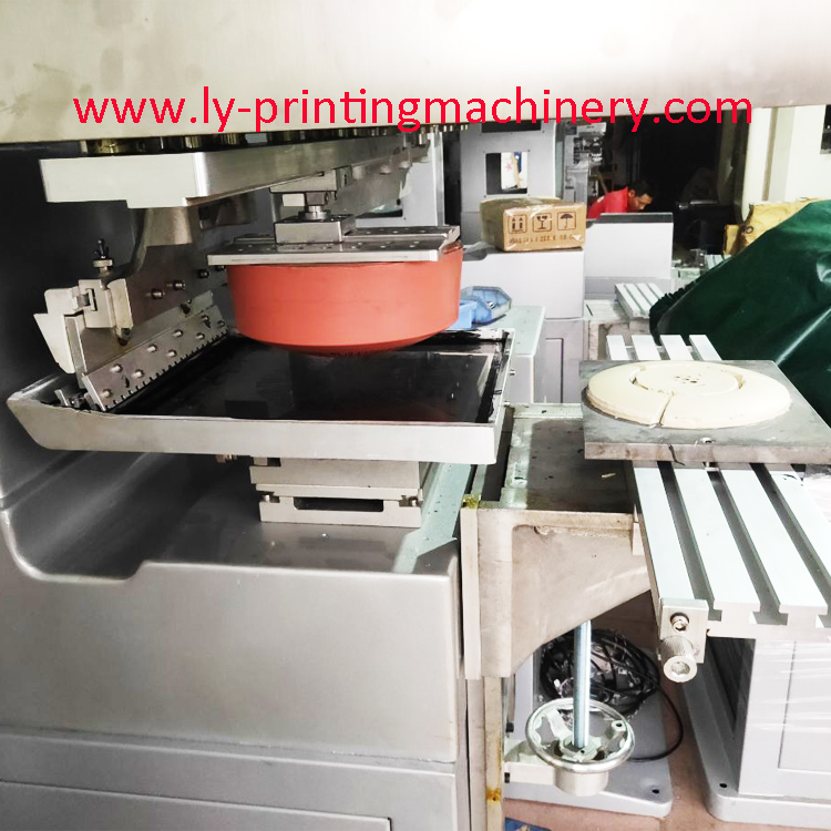 300x300mm single color pad printer with Ink tray